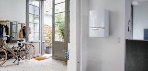 Chaudière gaz condensation sur un mur