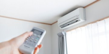climatiseur au dessus d